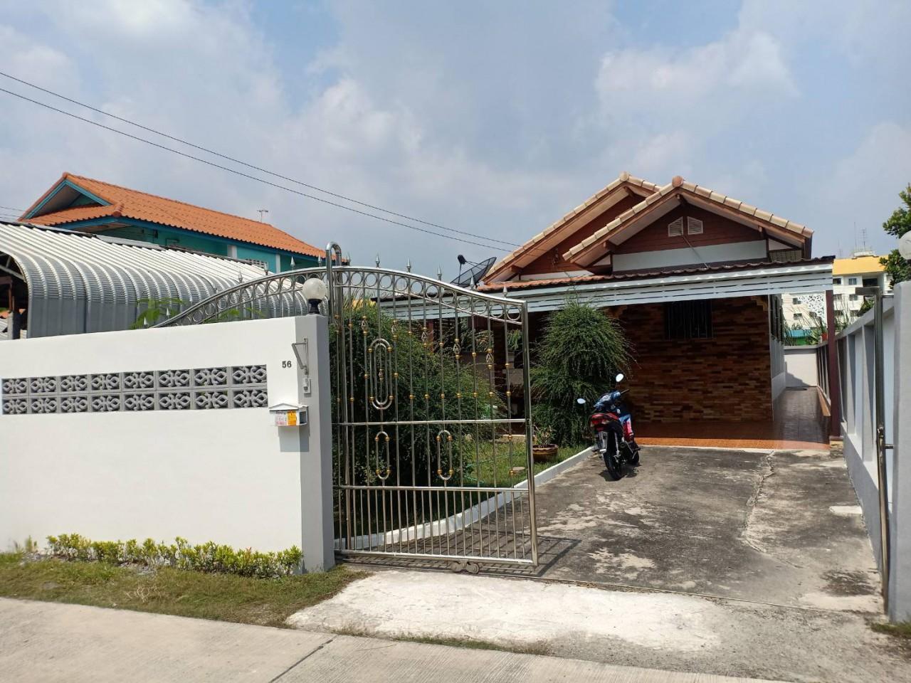 บ้านเดี่ยว ธีรวรรณ พระยาสุเรนทร์ 4 รามอินทรา คลองสามวา กรุงเทพมหานคร -  คลังบ้าน.com
